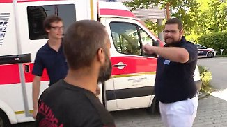 Gewalttätige Angriffe im Einsatz: Rettungskräfte trainieren Selbstverteidigung