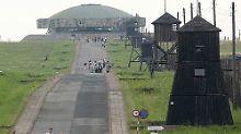 Hose runter in Gedenkstätte: Israeli entblößt sich im früheren KZ Majdanek