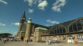 Mutmaßlicher Täter polizeibekannt: Mann soll 14-Jährige in Hamburger Innenstadt vergewaltigt haben