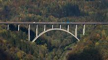 Diskussion um deutsche Brücken: Scheuer warnt vor Panikmache