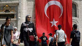 Drohende Insolvenzen türkischer Banken: Türkischer Wirtschaftsexperte mahnt zur Ruhe