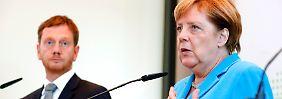 """""""Länder nicht alleine lassen"""": Merkel: Mehr Bundes-Hilfe bei Abschiebung"""