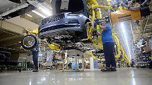 Sorgen um den Pkw-Absatz: Deutschen Autobauern drohen Probleme
