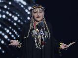 Es ist nicht das erste Mal, dass Madonna mit ihrem Gedenken an einen schwarzen Künstler polarisiert.