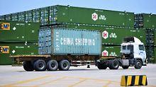 China prüft rechtliche Schritte: USA setzen neue Strafzölle durch