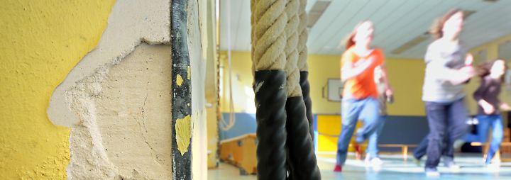 Hoher Verwaltungsaufwand: Sanierungs-Milliarden kommen bei Schulen nicht an