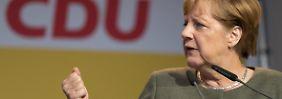 Skandal um Pegida-Demo: Merkel pocht auf die Pressefreiheit