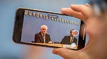 """Innenminister stellt sich: Bürger """"grillen"""" Seehofer"""