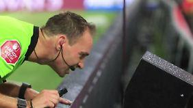 """Rolf Niebuhr zum Videobeweis: """"Die Videoschiedsrichter sind viel zu übereifrig"""""""