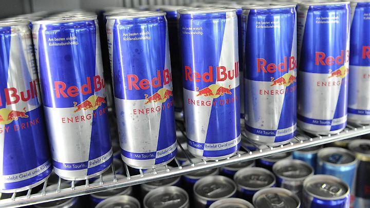 Red Bull und Co. gibt es in Großbritannien wohl bald erst ab 16 oder 18.