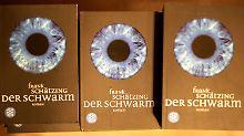 """""""Der Schwarm"""", 2004 erschienen, war Schätzings fünfter Roman."""