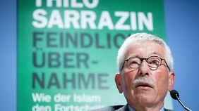 """Sarrazins neues Buch heißt """"Feindliche Übernahme""""."""