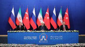 """Erdogan warnt vor """"Massaker"""" in Idlib: Drei Millionen Zivilisten sitzen in der Falle"""