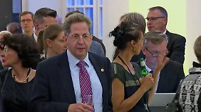 Seehofer twittert mit erster Panne: Ausschuss erwartet Chemnitz-Erklärung von Maaßen