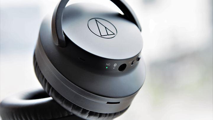Der Audiotechnica ATH-ANC700BT will es mit Bose und Co. aufnehmen.