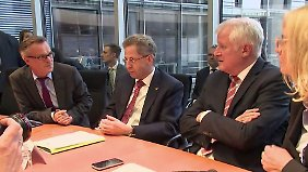 Merkel schließt Koalitionsbruch aus: Maaßen stellt Regierung vor Zerreißprobe