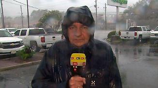 """Carsten Lueb berichtet aus dem Hurrikan: """"Mehr Regen, als in Berlin und Hamburg in einem Jahr"""""""