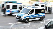 """Nach Demo in Chemnitz: Polizei nimmt """"Bürgerwehr""""-Mitglieder  fest"""