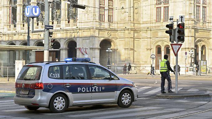 Die Polizei vermutet, dass es sich um eine Beziehungstat handeln könnte.
