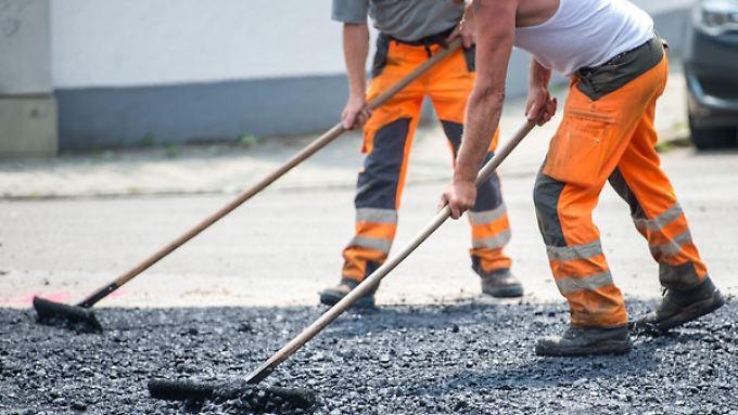 Insbesondere in der Baubranche wird qualifiziertes Personal gesucht.