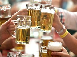 Auf der Wiesn wie im Laden: Bier in Deutschland wird immer teurer