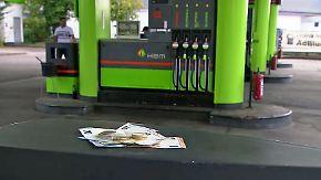 n-tv Ratgeber: So können Autofahrer Tankkosten sparen