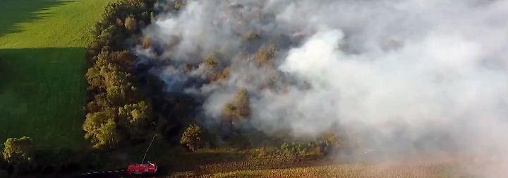 Evakuierungen nicht mehr ausgeschlossen: Riesiger Moorbrand bedroht umliegende Ortschaften