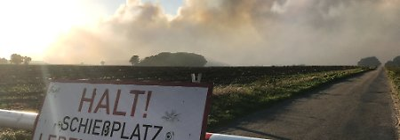Moorbrand bedroht Dörfer: Ermittler durchsuchen Bundeswehrgelände