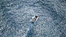Schwerverletzt in Seenot geraten: Weltumsegler nach Unfall-Drama entdeckt