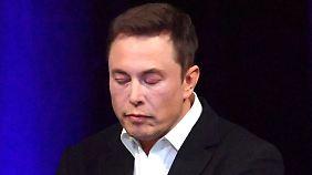 """""""Verlogen und irreführend"""": Börsenaufsicht will Elon Musk entmachten"""