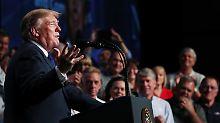 """""""Frauen geht es sehr gut"""": Donald Trump sorgt sich um junge Männer"""