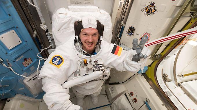 Gerst und seine Crew auf der ISS müssen nun improvisieren - möglicherweise muss der Deutsche auch länger im Weltraum bleiben.