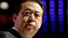 """Ehefrau bittet um internationale Hilfe: Vermisster Interpol-Chef Meng in China """"unter Aufsicht"""""""