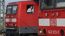 1500 neue Mitarbeiter hat die Bahn nach eigenen Angaben eingestellt, um die Lücken durch die zusätzlichen Urlaubstage zu füllen.