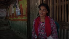 Gegen den Widerstand des Vaters: Geflüchtetes Rohingya-Mädchen kämpft für seine Bildung