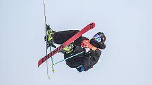 Der Sport-Tag: Schweizer Skifahrer meistert irren Parcour