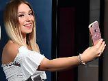 Mini-Youtuber wohlauf: Bibi zeigt zum ersten Mal ihr Baby