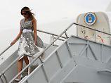 Der Tag: 17:16 Melania Trumps Flugzeug muss wegen Rauchs umdrehen