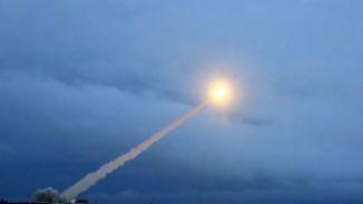 Droht ein neues atomares Wettrüsten?: Trump protzt mit Militäretat der USA