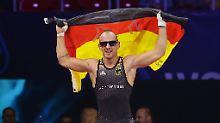 Drei WM-Titel in drei Klassen: Ringer Stäbler sichert sich historisches Gold