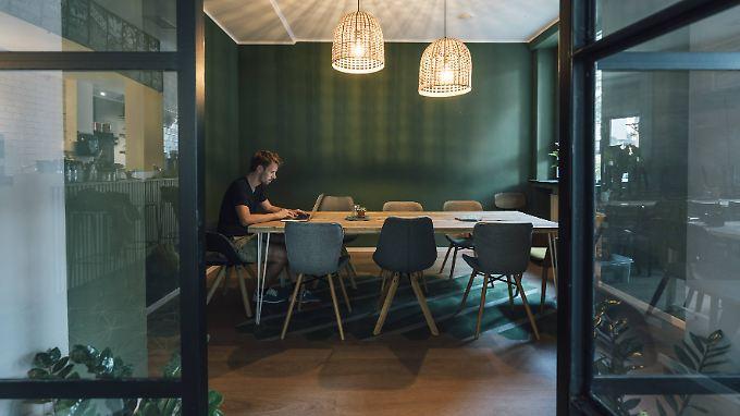 Angestellte sollen sich in ihren Büroräumen so wohl fühlen wie zu Hause.