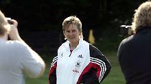 """Bin ja noch mittendrin"": Tina Theune, 100 Prozent Frauenfußball"