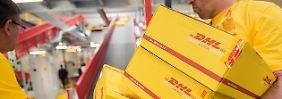Harte Sanierung, höheres Porto: Paketgeschäft bleibt das Sorgenkind der Post