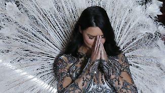 Abschiedswalk bei Victoria's Secret: Adriana Lima hängt Engelsflügel an den Nagel