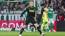 Pure Freude bei Gladbach: Plea trifft gleich dreimal gegen Werder Bremen.