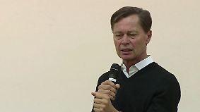 """""""Fuckup Nights"""" an der Uni Frankfurt: Ex-Top-Manager Middelhoff spricht über sein Scheitern"""