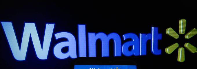 Quartalszahlen erfreuen Anleger: Walmart korrigiert Prognose nach oben