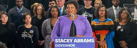 Gouverneurswahl in Georgia: Demokratin Abrams gibt auf