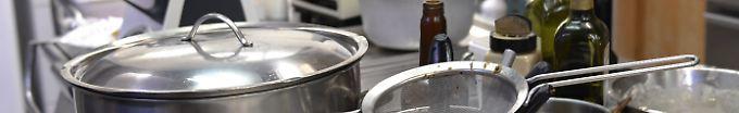 Der Tag: 11:28 TV-Koch verliert Arm nach Dreharbeiten