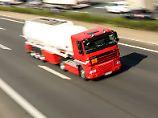 Benzin-Knappheit in NRW: Sonntagsfahrverbot für Tank-Lkw aufgehoben